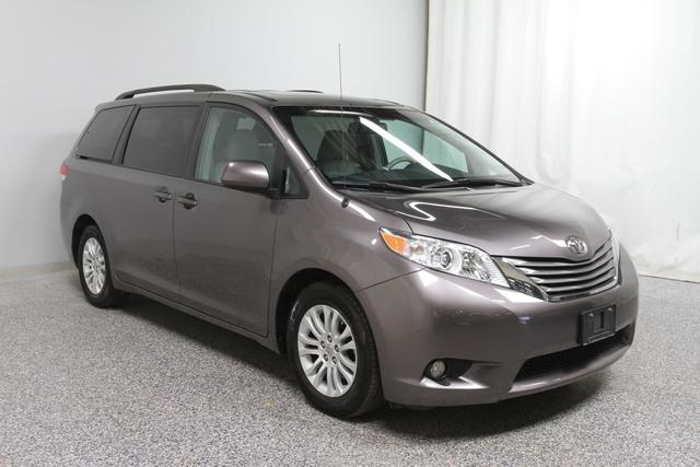 Pre-Owned 2014 Toyota Sienna XLE