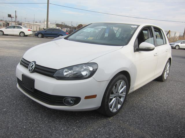Certified Pre-Owned 2014 Volkswagen Golf TDI