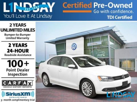 Certified Pre-Owned 2013 Volkswagen Jetta TDI Manual with Premium & Navigation